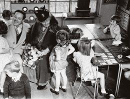 Pedagoga e psicanalista apostaram em experiências educativas libertárias no início do século 20