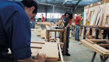Instituição francesa se destaca ao conseguir combater o desemprego e o abandono escolar
