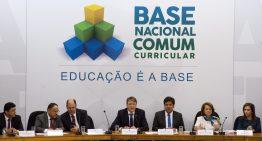 Terceira versão da Base Nacional Comum Curricular trouxe mudanças de última hora
