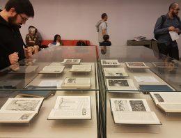 Exposição na USP reúne exemplares de primeiros livros infantis publicados no Brasil