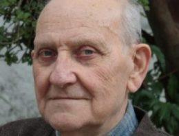 """István Mészáros: filósofo húngaro encara a educação baseada em ruptura com a """"lógica do capital"""""""