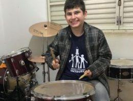 Dia Mundial de Conscientização do Autismo: música auxilia no desenvolvimento
