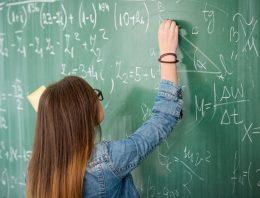 Cai número de jovens que querem ser professores, diz relatório da OCDE