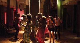 Hotel Cambridge: filme retrata dia dia de moradores de ocupação