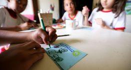 Frequência escolar de beneficiados pelo Bolsa Família bate recorde