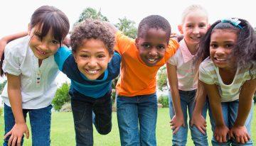 Investimento na primeira infância traz retorno imensurável, defende Nobel da Economia
