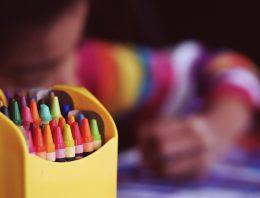 Por que é urgente falar sobre educação sexual nas escolas