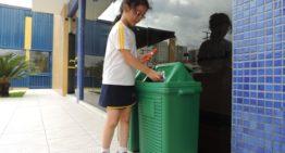 Em Curitiba, escola adota programa de reciclagem que gera doações a instituições de caridade
