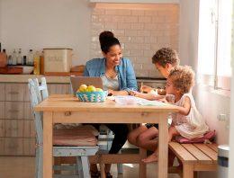 Quarentena: Grupo Santillana lança plataforma para famílias e educadores com formações e entretenimento educativo gratuitos
