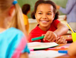 Entenda o que é uma educação antirracista e como construí-la