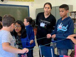Alunos de escolas públicas evoluem em matemática com metodologia atrelada à neurociência