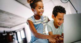 Juntas, educação e tecnologia transformam gerações