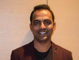 'Melhor professor do mundo' é indiano e divide prêmio com finalistas