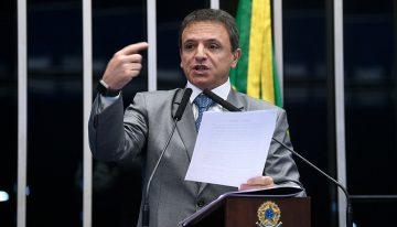 PEC Emergencial quer desobrigar gasto mínimo com educação