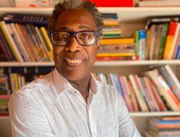 Professor dá formação EAD sobre saberes africanos e afro-brasileiros