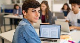 Gestor: 6 passos para melhorar o engajamento nas aulas da sua escola